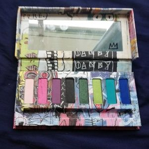 Urban Decay x Jean Michel Basquiat Eyeshadow Palet